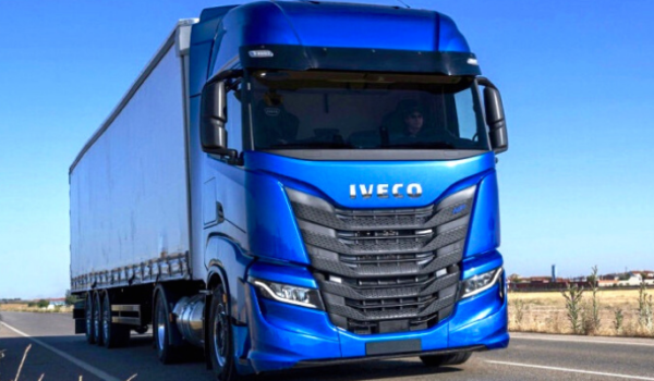 Iveco_blue